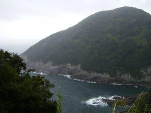 20090322-089甫母町 楯ガ崎案内板より 熊野灘に面する海岸