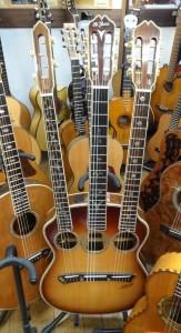 3本ネック事務所2階ヤイリギター20150228 (2)